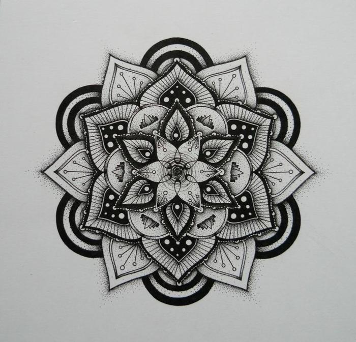 petit mandala, feuilles blanc et noir, motifs floraux, coloriage de mandala, papier blanc