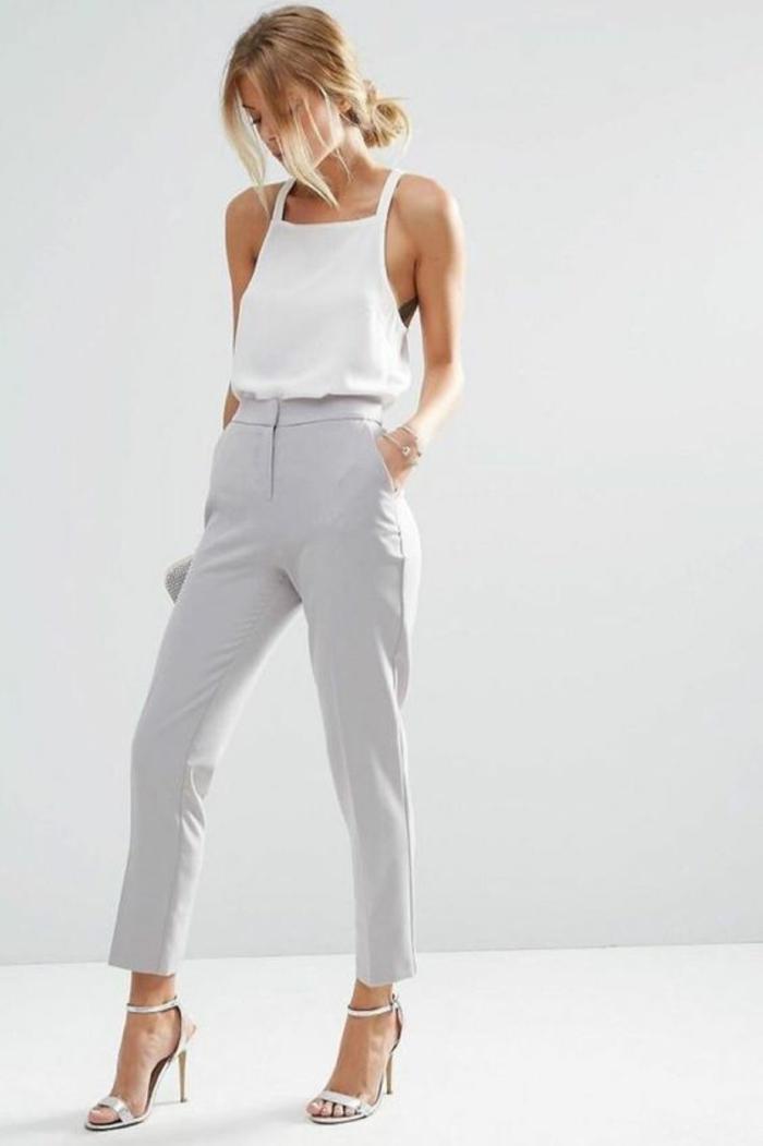 style vestimentaire femme pantalon et crop top