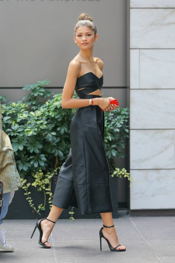 trouver son style vestimentaire femme Zendaya cuir simili