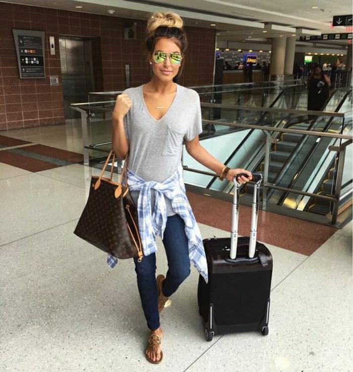 Comment bien s habiller femme avion femme jean et t shirt