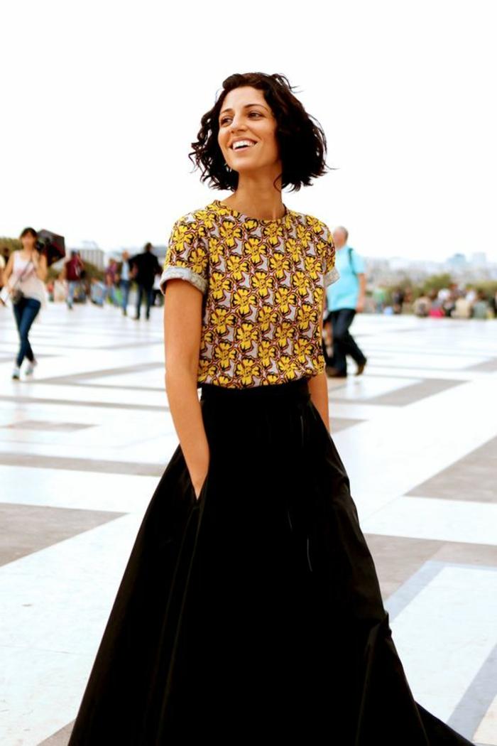 Robe pagne africain model wax idée tenue cool top jupe noire longue