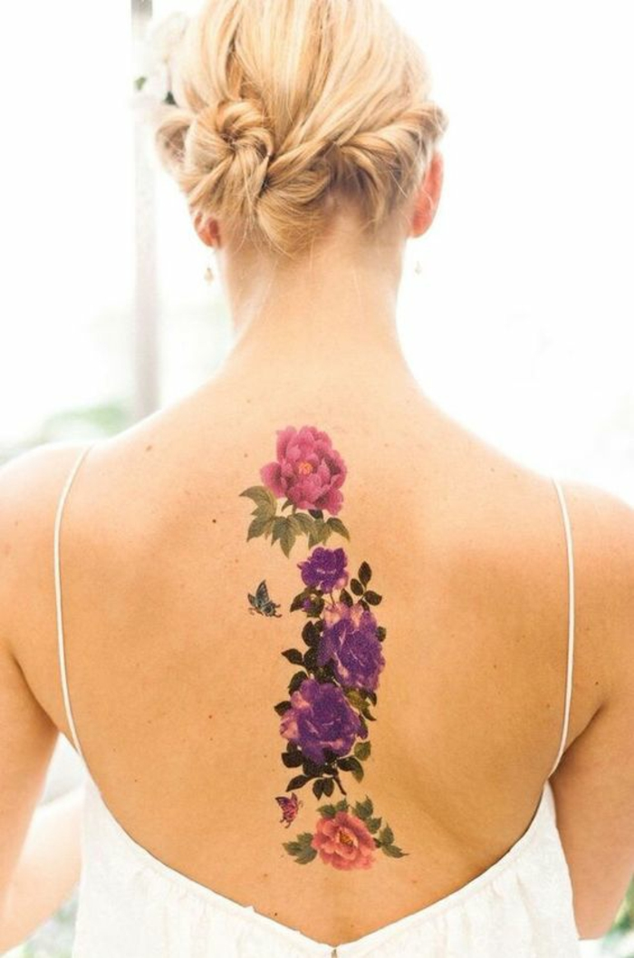 Formidable tatouage fleur epaule photo femme belle fleurs