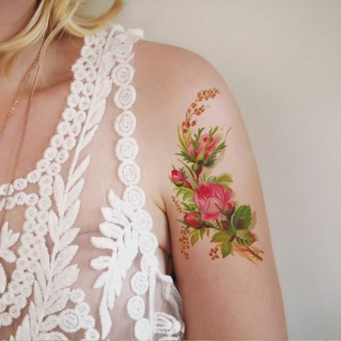Tatouage femme avant bras tatouages éphémères pivoines bouquet