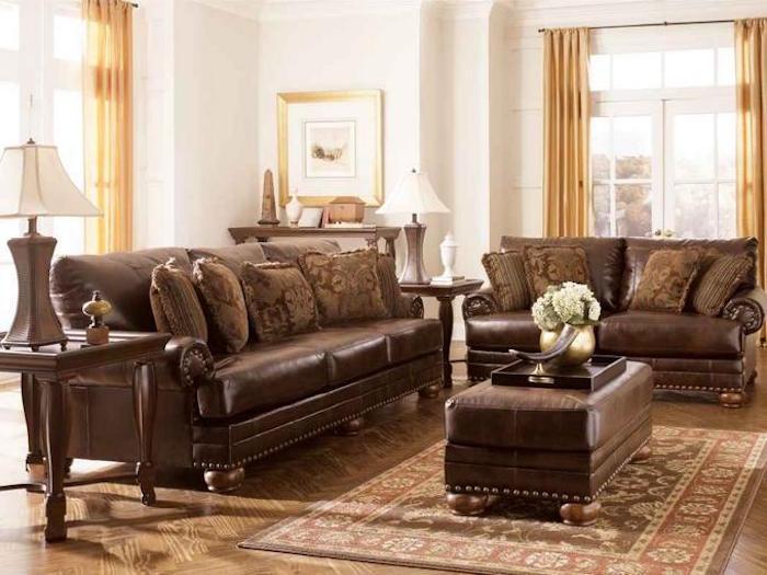 ambiance vintage avec meubles anciens canapé cuir