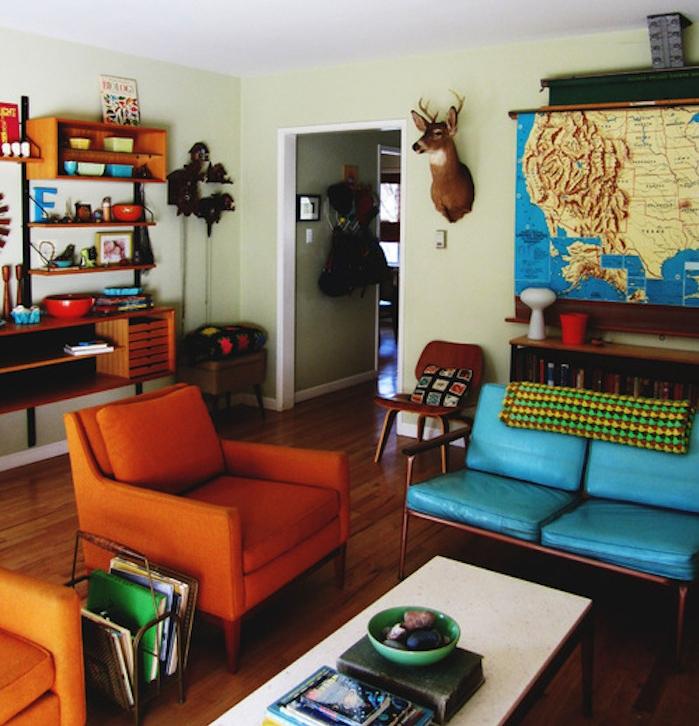 vieux canapé en cuir vintage couleurs retro
