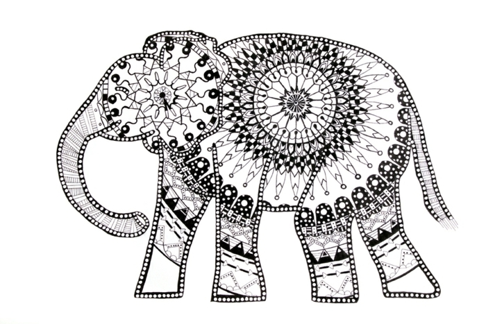 coloriage de mandala, motifs d'animaux, éléphant mandala, cercles, volutes, dessin blanc et noir