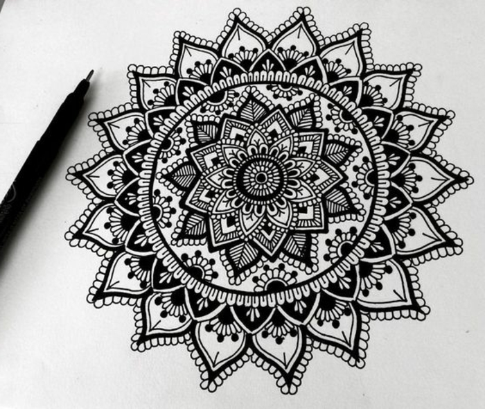 dessin cool facile excellent best mandala facile a faire dessin blanc et noir crayons agenda. Black Bedroom Furniture Sets. Home Design Ideas