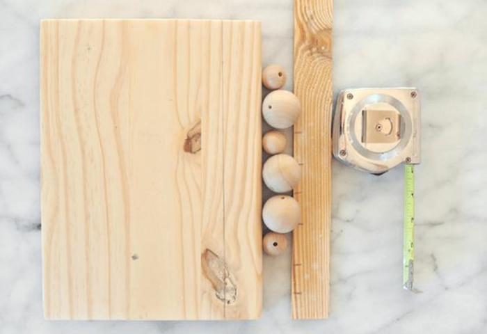 comment faire un porte clé mural original en bois pour ranger ses clés