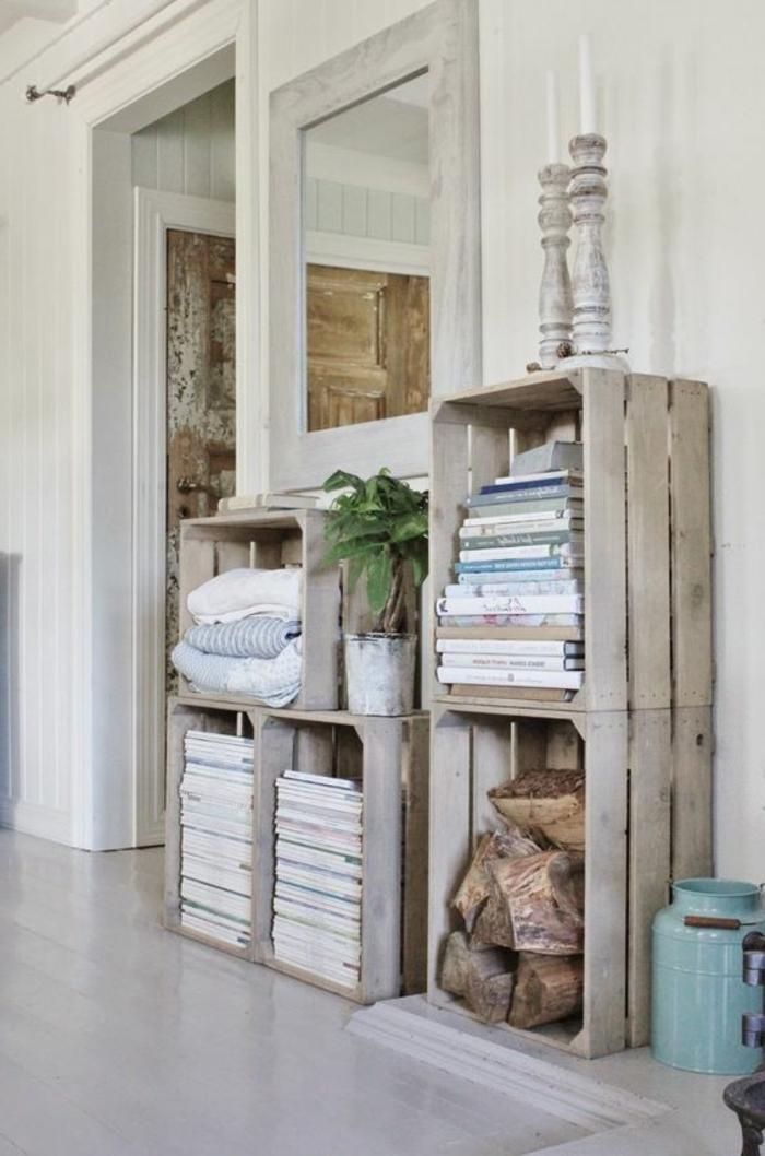 caisses en bois, rangement livres, magazines, plantes, chandeliers, linge maison, bois, parquet blanchi, idée amenagement meuble rustique