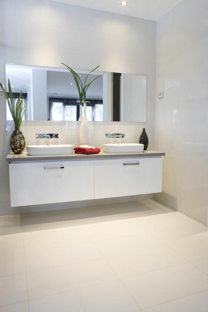 miroir salle de bain lumineux rectangulaire avec meuble suspendu en blanc