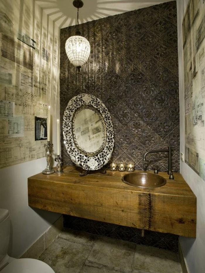 miroir salle de bain lumineux glamour au cadre richement orné
