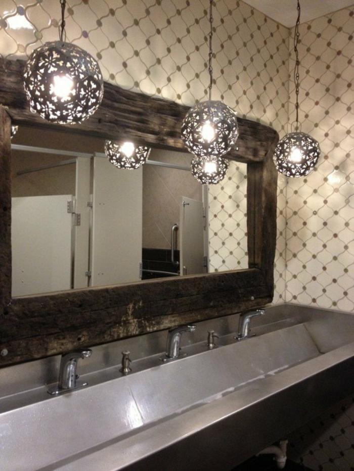 miroir lumineux de salle de bain boules en métal avec des incisions