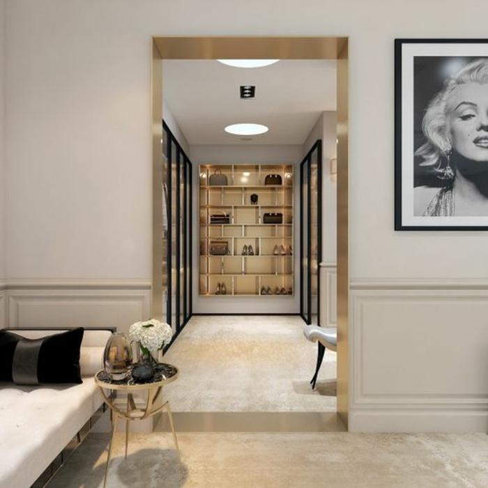 mobilier art déco, tapis moquet beige, portrait de Maryilyne Monroe