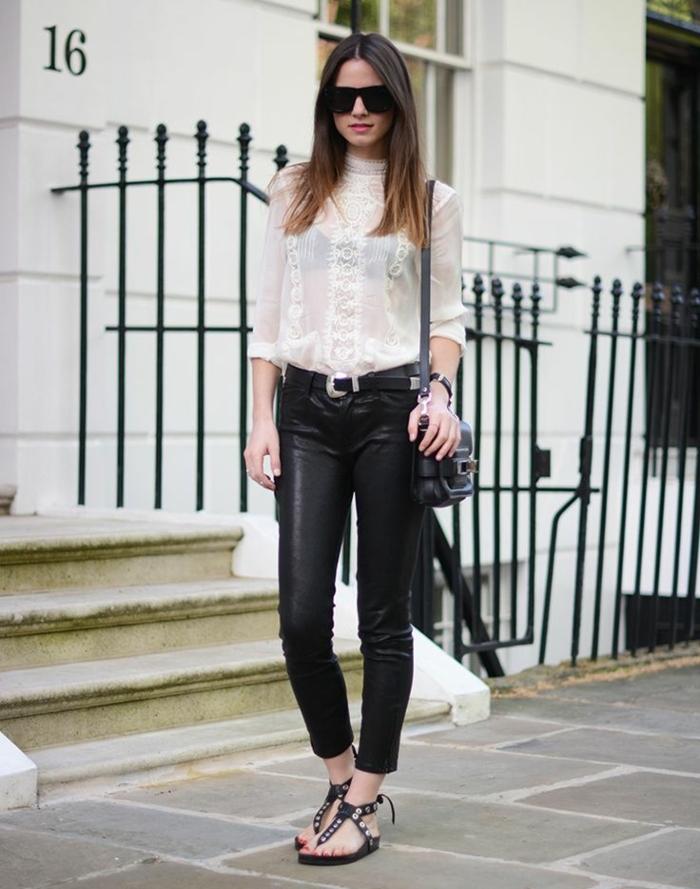 que mettre avec un pantalon noir, lunettes de soleil noires, chemise blanche, montre noire