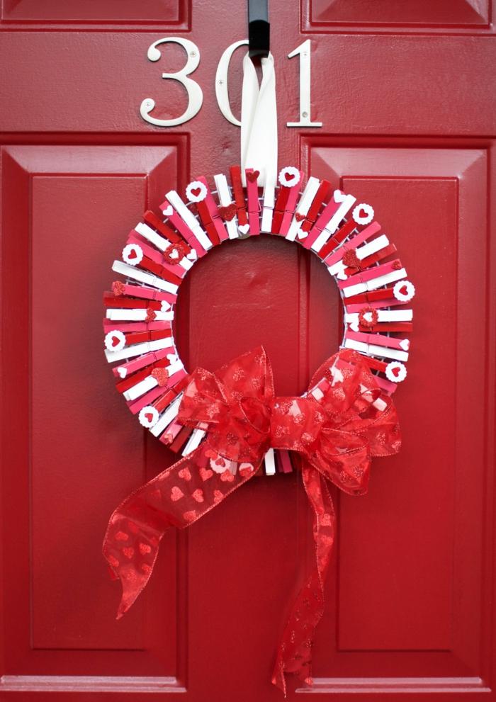1001 id es diy pour donner une nouvelle vie la pince for Decoration porte st valentin