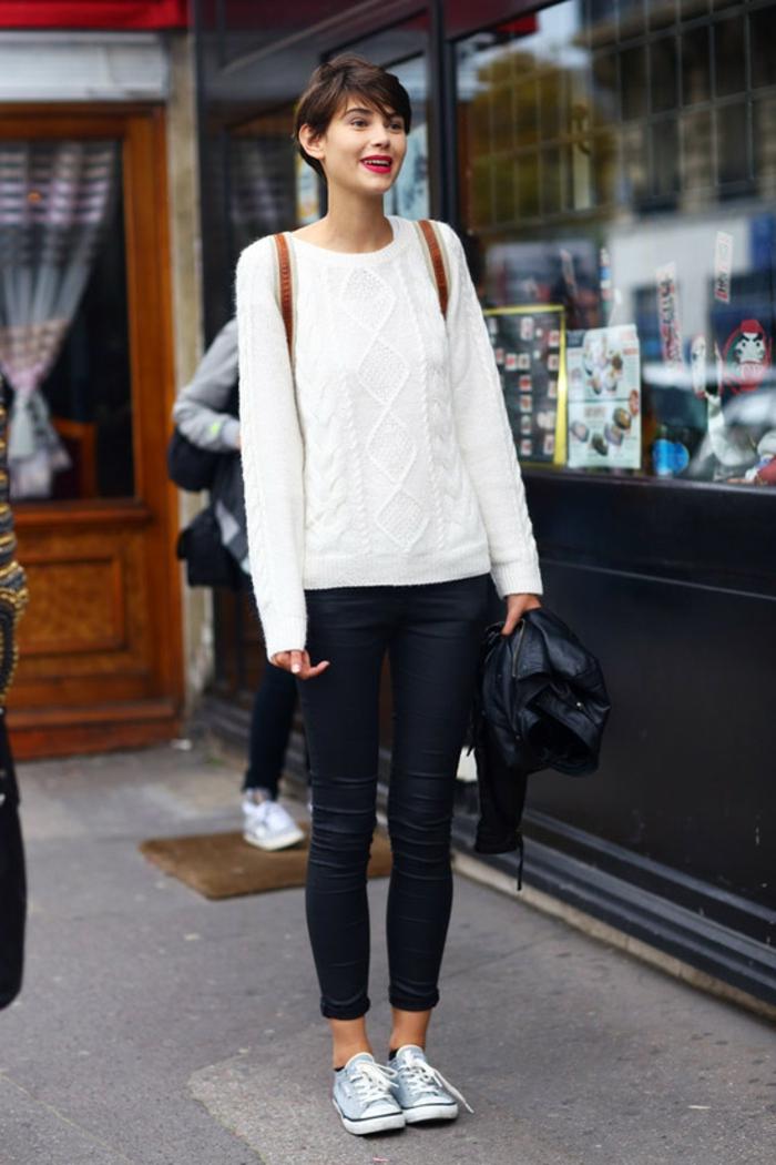 1001 propositions que mettre avec un pantalon noir - Que porter avec un pantalon beige femme ...