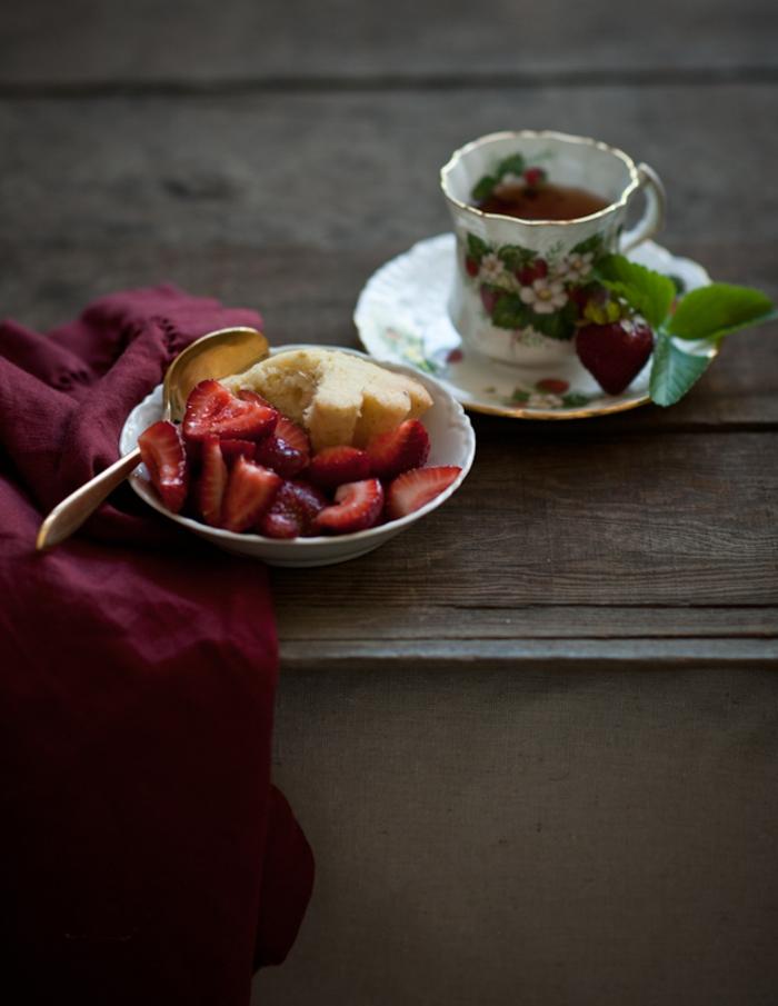 Magnifique gateau anniversaire aux fruits recette merveilleuse cake