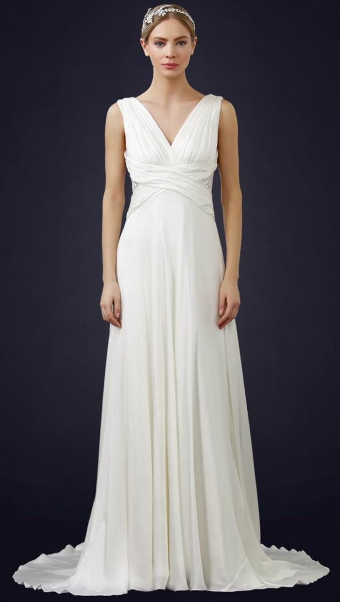 silhouette sublime et gracieuse, une robe de mariée grecque à taille empire et bustier croisé