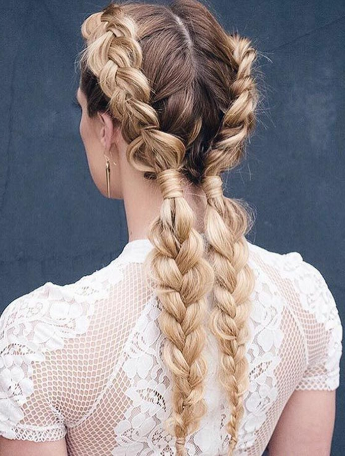 coiffure de mariage, tresse épi de blé, cheveux longs balayage blond, robe de mariée dentelle, idée decoiffure tendance et élégante