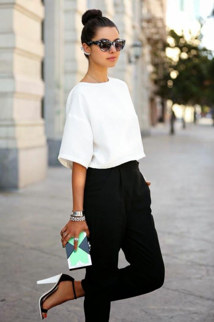 Belle tenue stylée chemise blanche sandales à talon