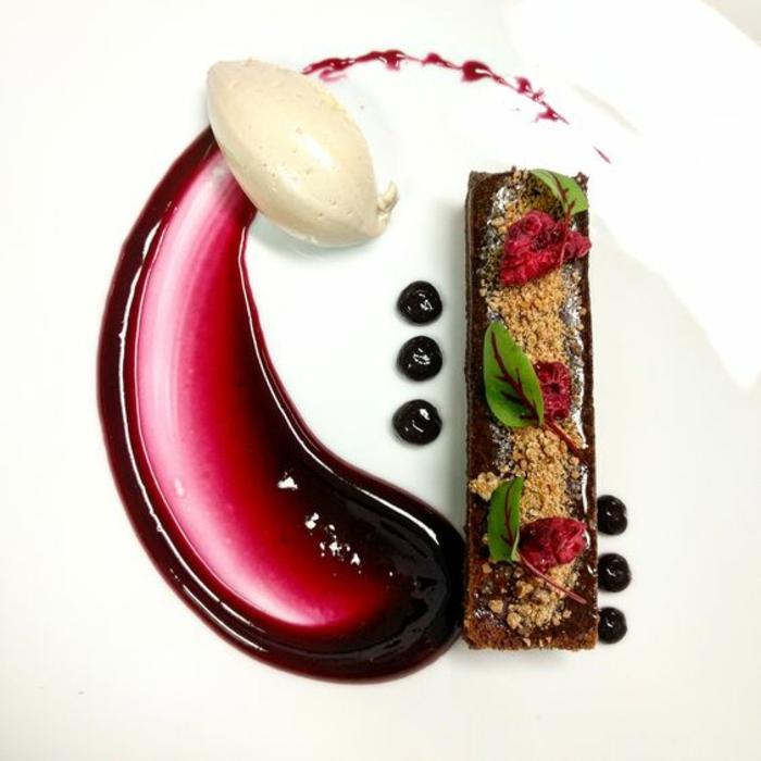 un dessert gastronomique facile déco idée art assiette admirable 1