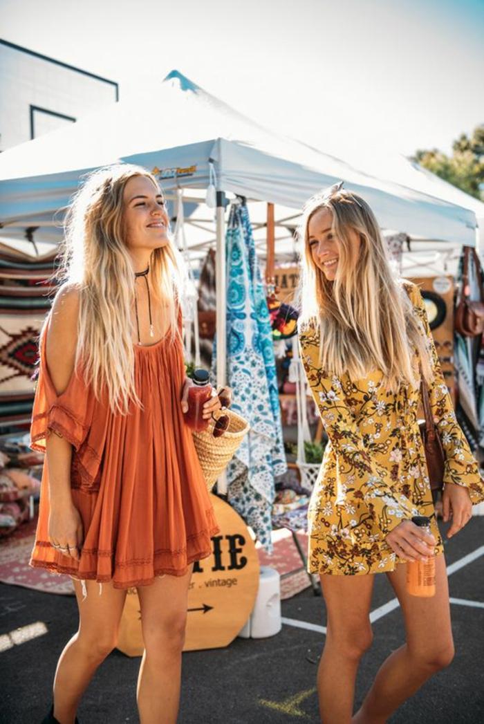 Amies en festival de musique cool idée comment s habiller - robe epaules nues et combishort