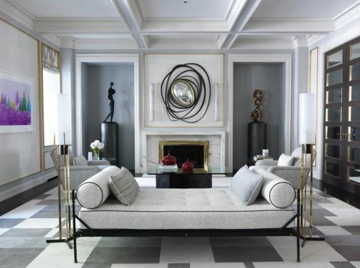 association de couleurs avec le gris, tapis géométrique, sculptures contemporaines