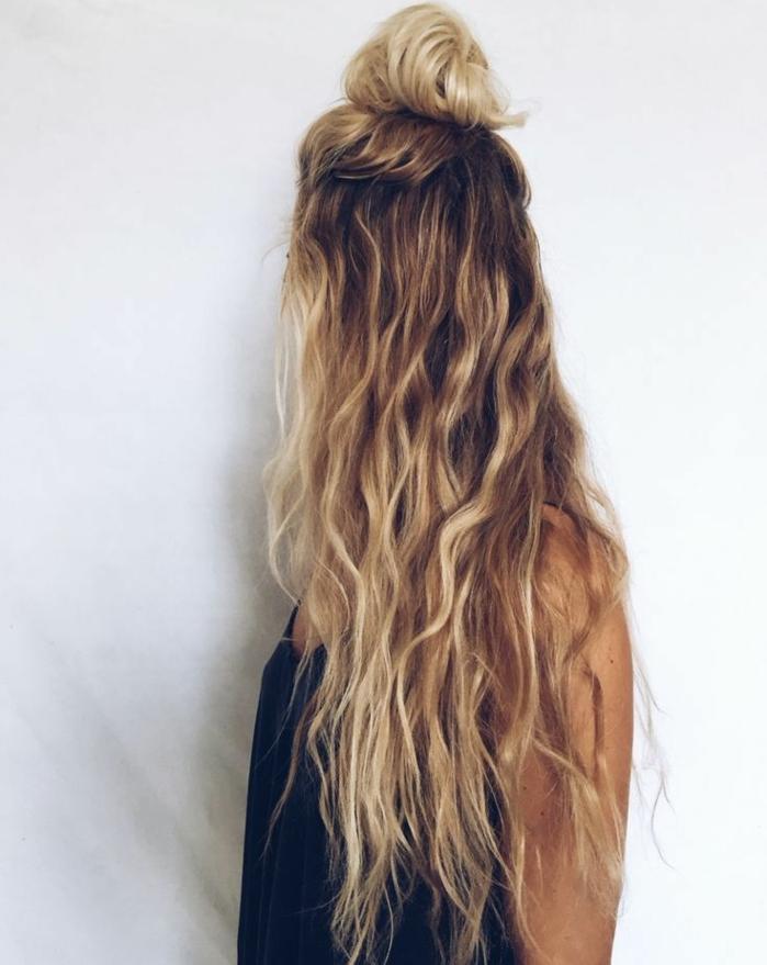 1001 coiffures impeccables en style blond californien - Photos meches blondes et noires ...