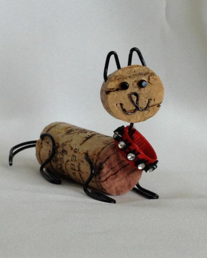bouchon de liège, bouchons de liège sculptés et transformés en chat mignon