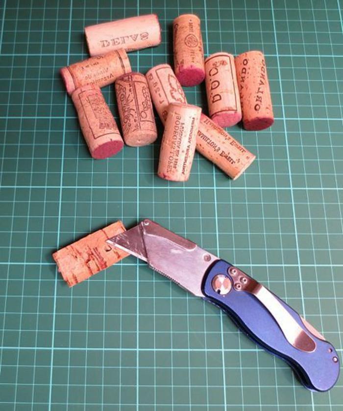 bouchon de liège, bouchons coupés en deux et transformés en objets diy différents