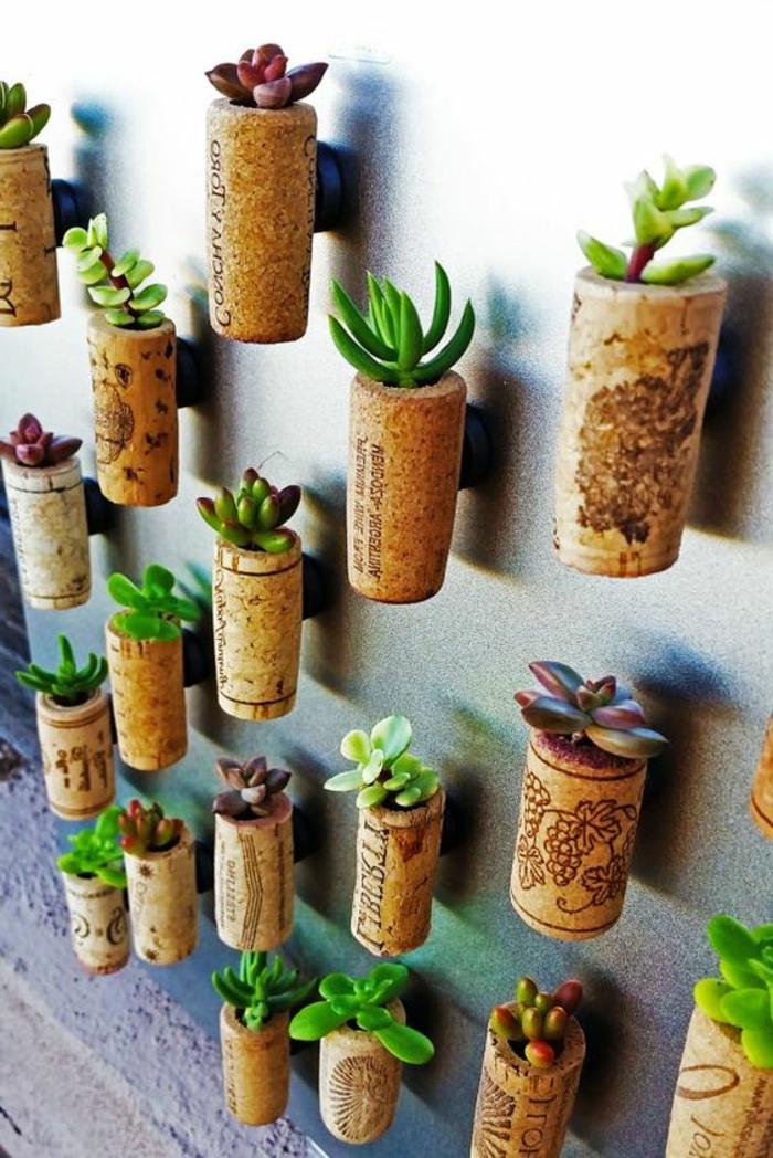 bouchon liege, bouchons pots de fleurs avec aimants au dos et avec plantes succulentes
