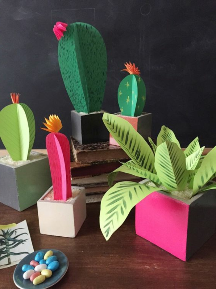bricolage fête des mères, pots de fleurs avec plantes vertes et pots carrés