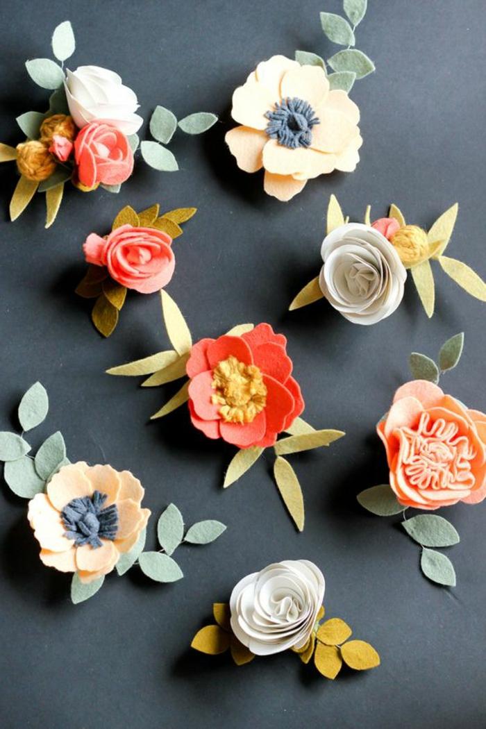 cadeau fête des mères, jolies fleurs faites avec feutrine colorée