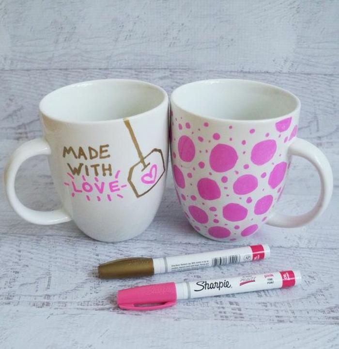 cadeau pour la fête des mères a fabriquer, tasses à café originales avec dessins diy