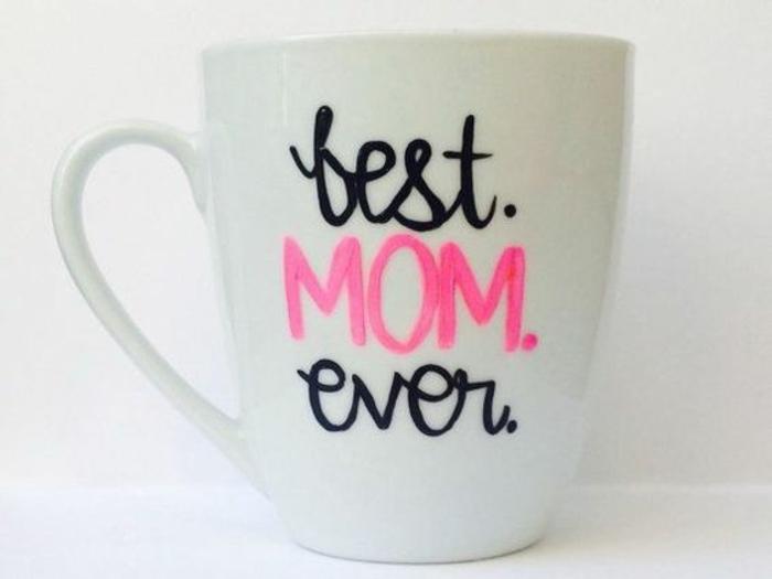 cadeau pour la fête des mères, tasse personnalisée avec script inspirant