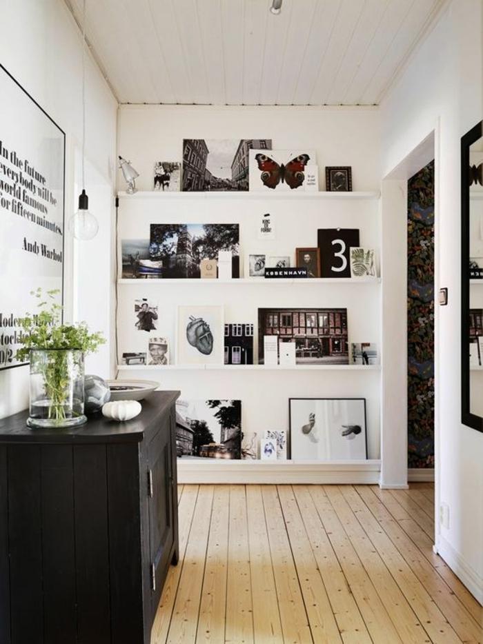 1001 conseils et id es pour arranger un mur de cadres - Tableau sur mur blanc ...