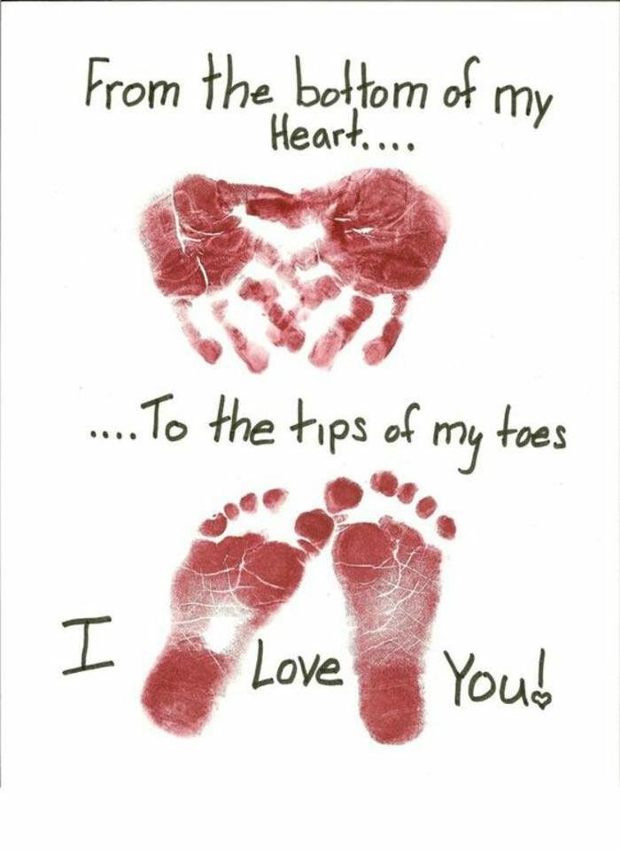 carte fête des mères, idée sympathique pour carte sentimentale avec empreintes