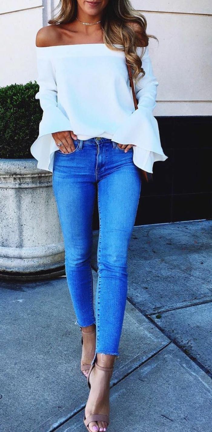 Formidable tenue ceremonie femme pantalon idée cool jean et top epaules nues