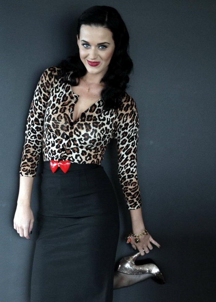 96f83f640b7 Pin up vetement robe pin up rockabilly vintage tenue cool Katy Perry