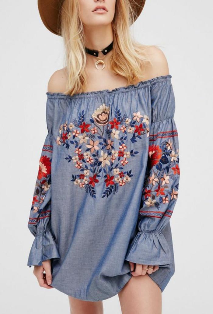 robe tunique bleue avec broderie ethnique florale, robe à col bardot aux manches larges