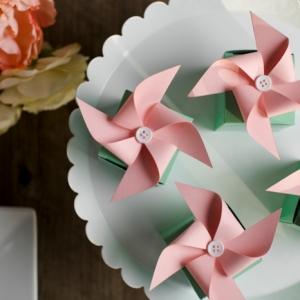 Fabriquer un moulin à vent en papier - 50 idées pour une activité créative dans l'esprit de l'enfance