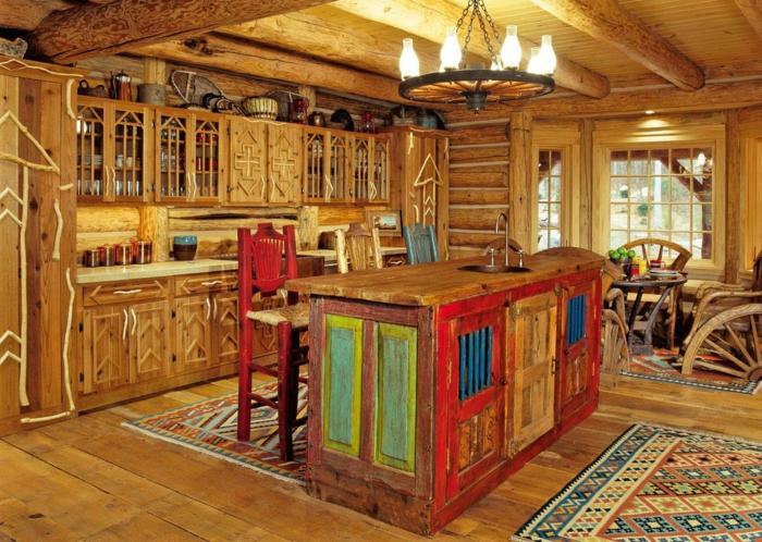 deco campagne chic, tapis multicolore, fenêtre à carreaux, armoires en bois, relooker cuisine en bois, chaises rouges