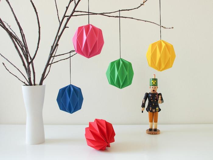 origami facile noel sur le sapin lutoile pre nol en. Black Bedroom Furniture Sets. Home Design Ideas