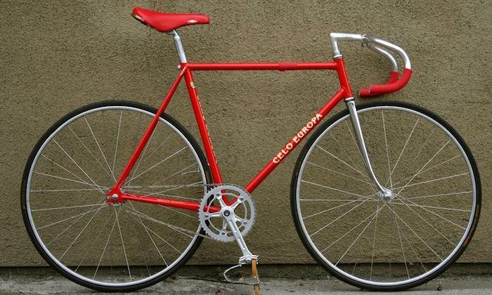 pignon fixe vélo single speed celo europa rouge vintage convertir piste