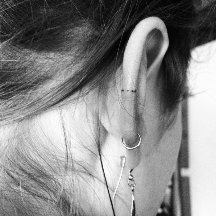 Idée tatouage lobe oreille signification tattoo fleur cool idee petit tatouage