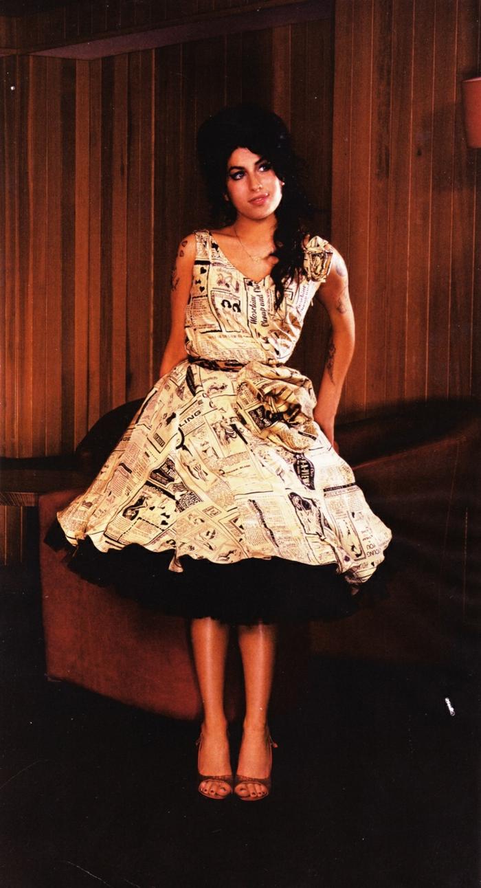 Magnifique robe pin up année 50 idée quelle robe rockabilly