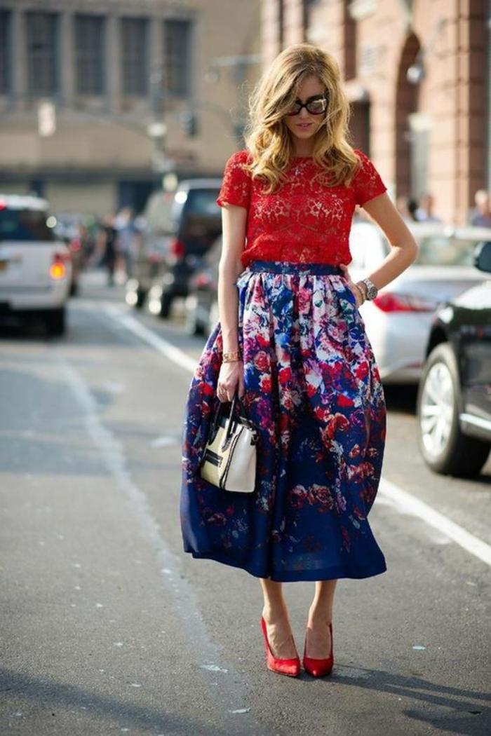 Superbe tenue de ville comment s habiller en rouge et blanc cool idée