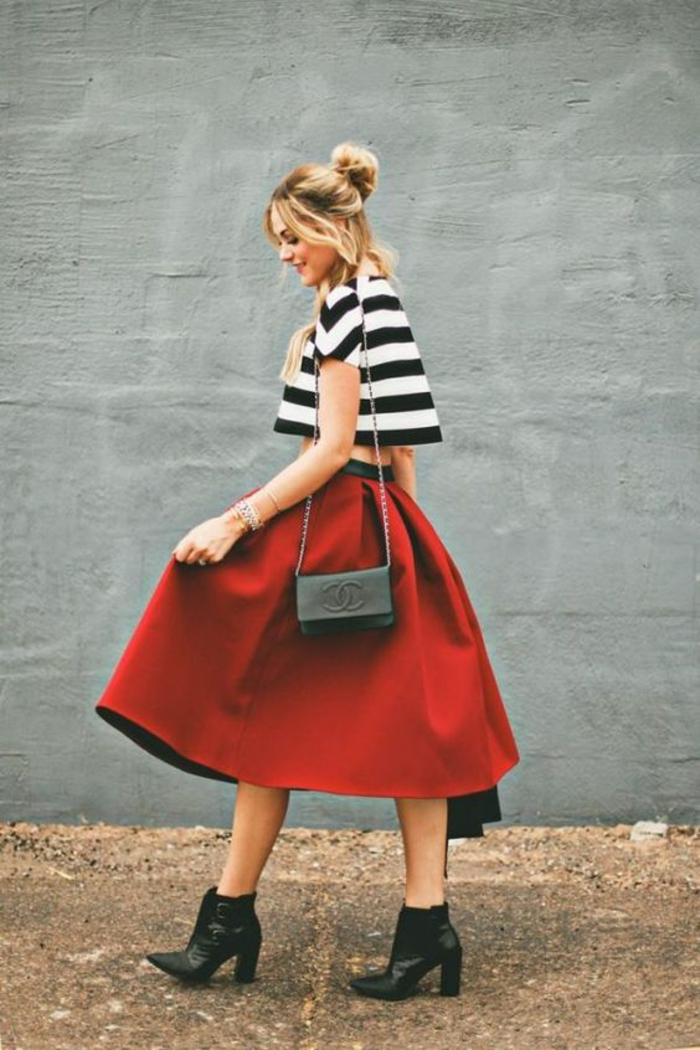 Superbe tenue de ville comment s habiller en rouge et blanc