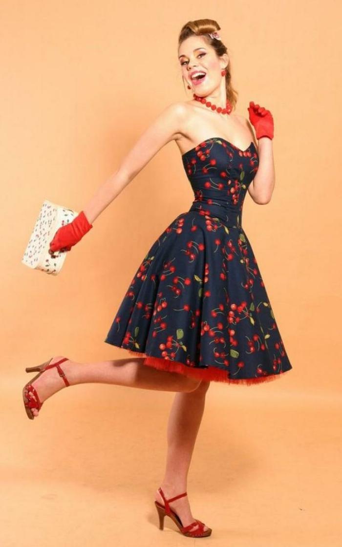 Vetement retro robe année 50 pas cher idee tenue cool cerises rouge accent