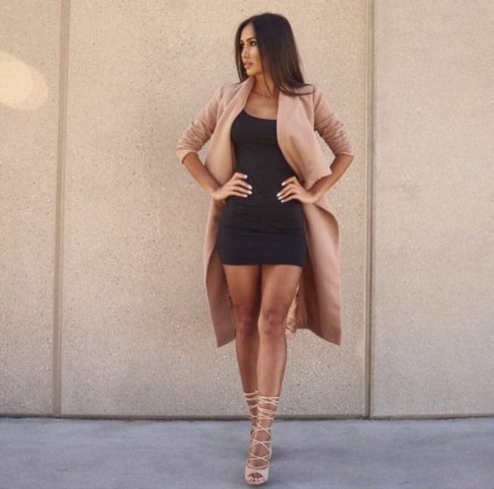Magnifique tenue de reveillon tenue de ville femme